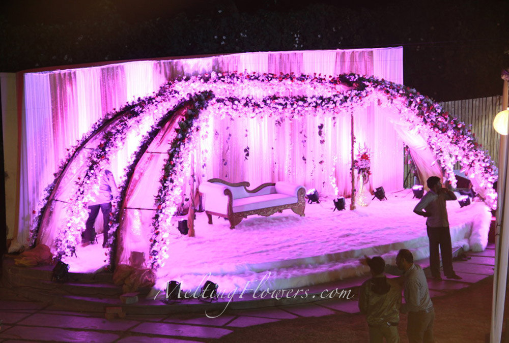 reception stage decoration