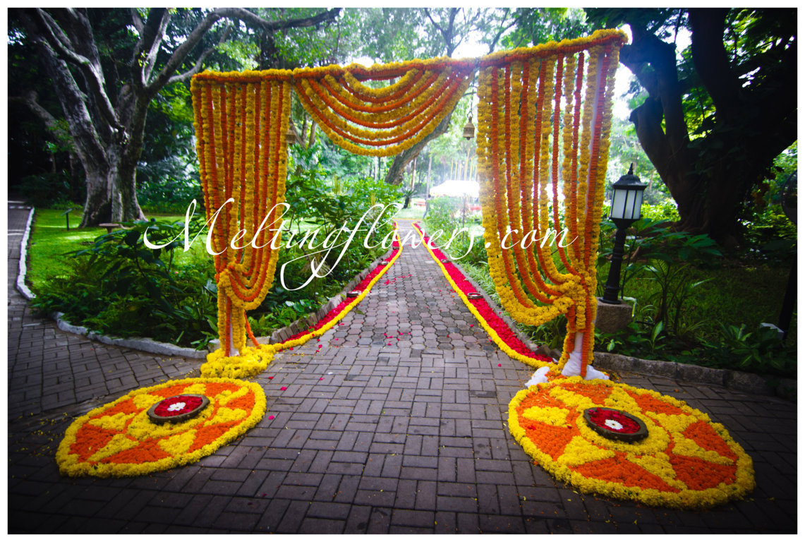 Outdoor Wedding Floral Decoration