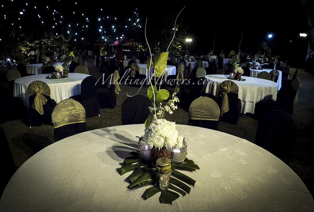 Nature themed weddings wedding decorations flower decoration nature themed weddings junglespirit Choice Image