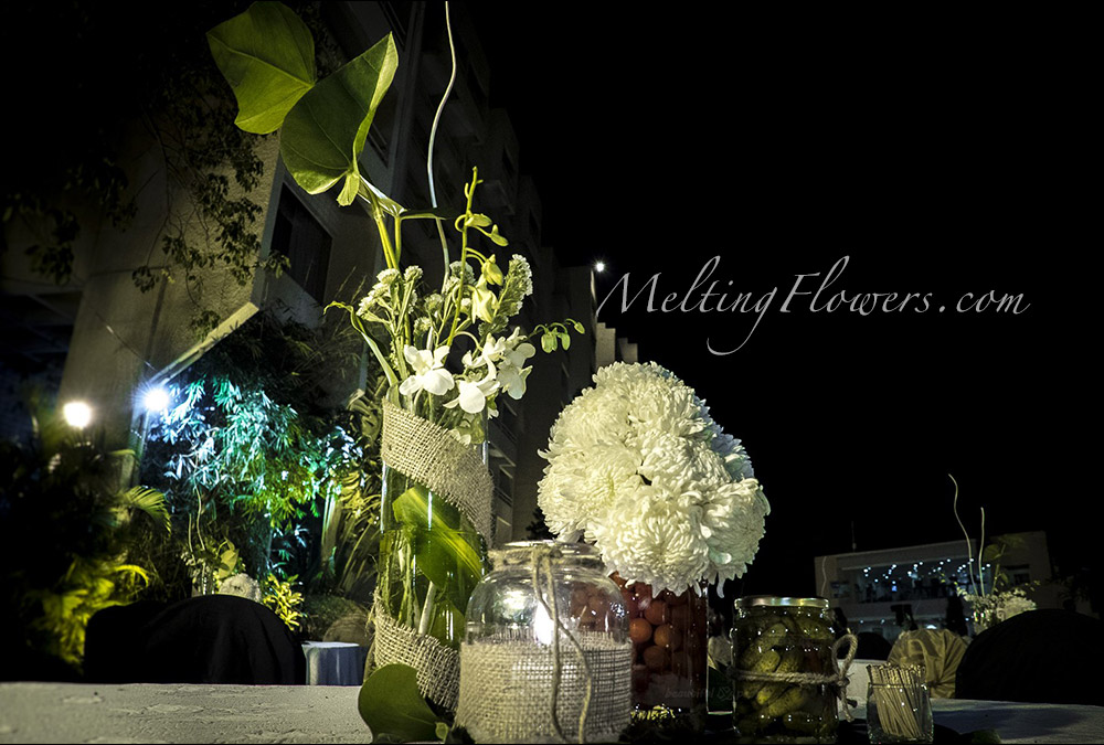 Nature themed weddings wedding decorations flower decoration nature themed weddings junglespirit Images