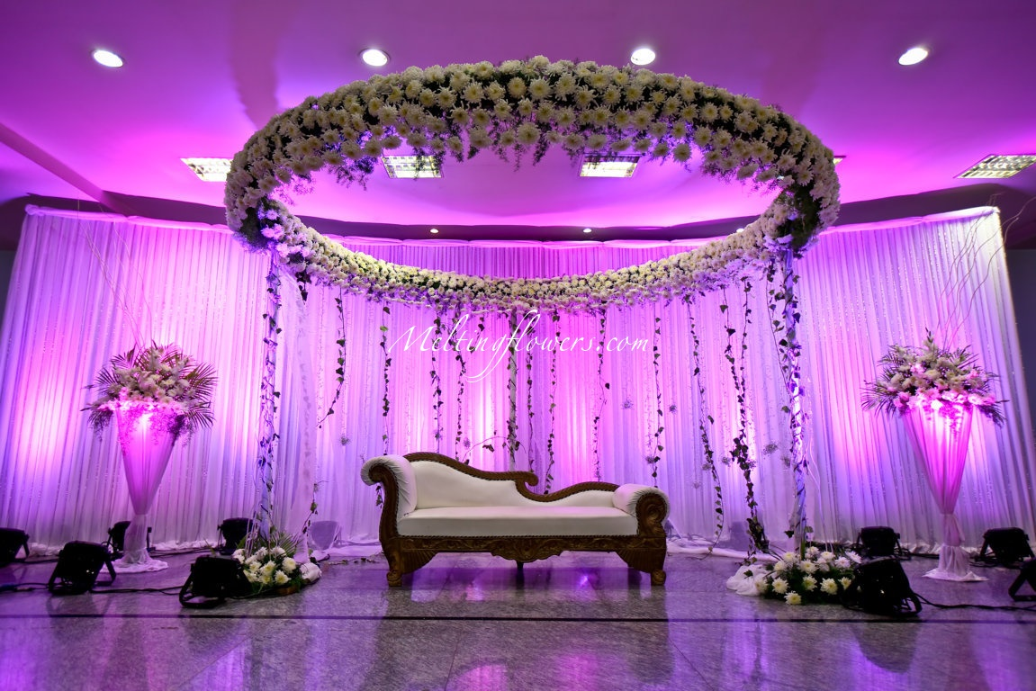 Indian muslim wedding d cor wedding decorations flower for Hall decoration pictures