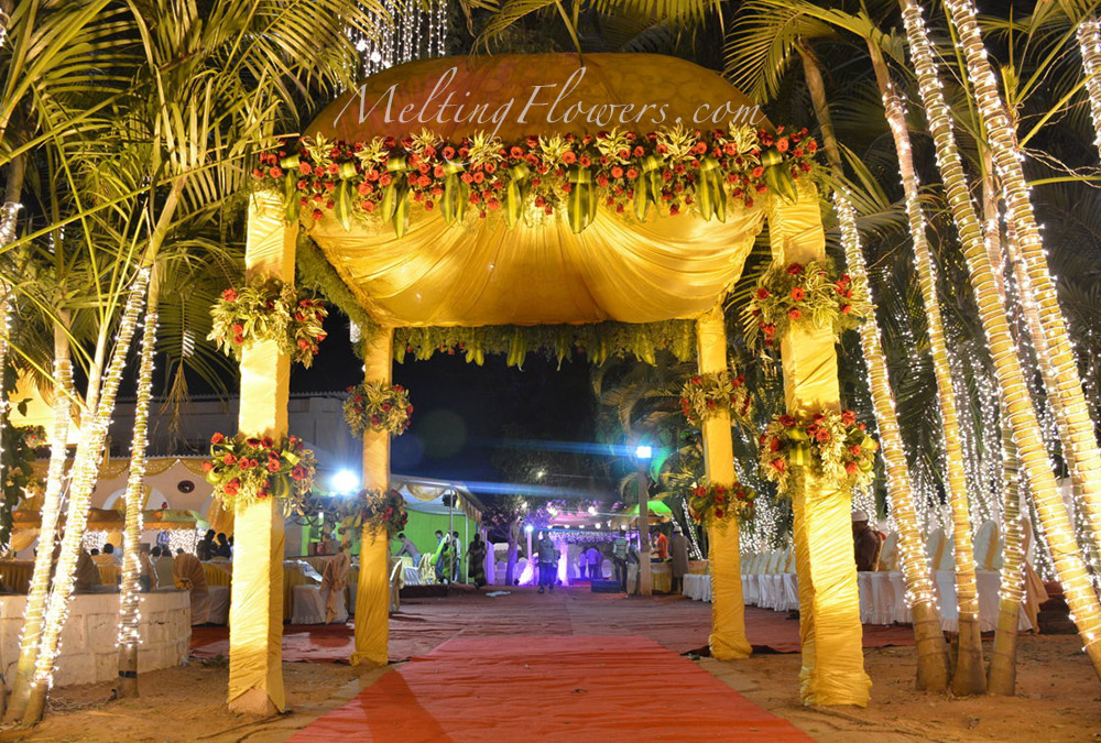 decoration items for marriage the big punjabi wedding decor ideas wedding 10696