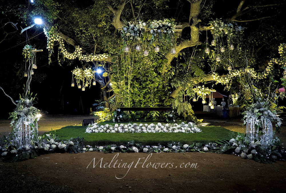 Jungle themed wedding indian theme wedding decorations for Decoration with lights
