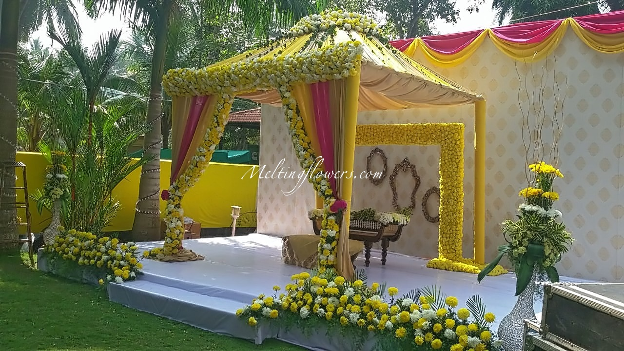 Choose the best flower decorators and make your wedding a for Decoration flowers