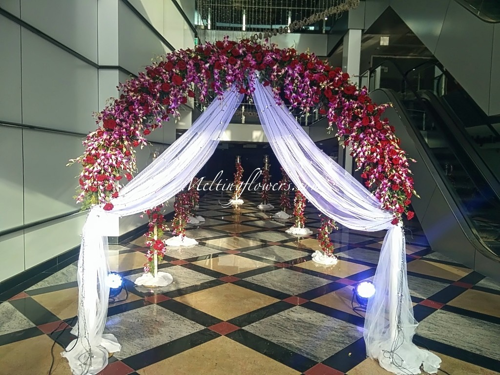 showroom inauguration decorations