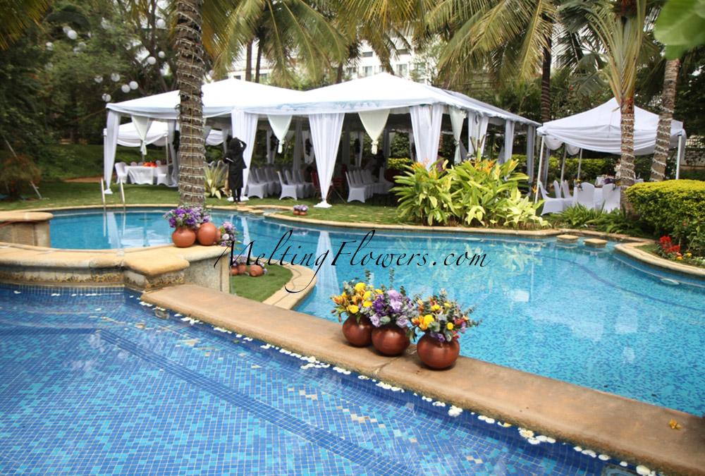 7 tips for decorating garden weddings in bangalore for Garden pool wedding