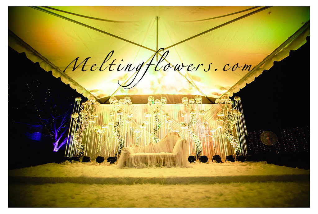 Tips And Ideas For The Best Wedding Stage Decorations Wedding