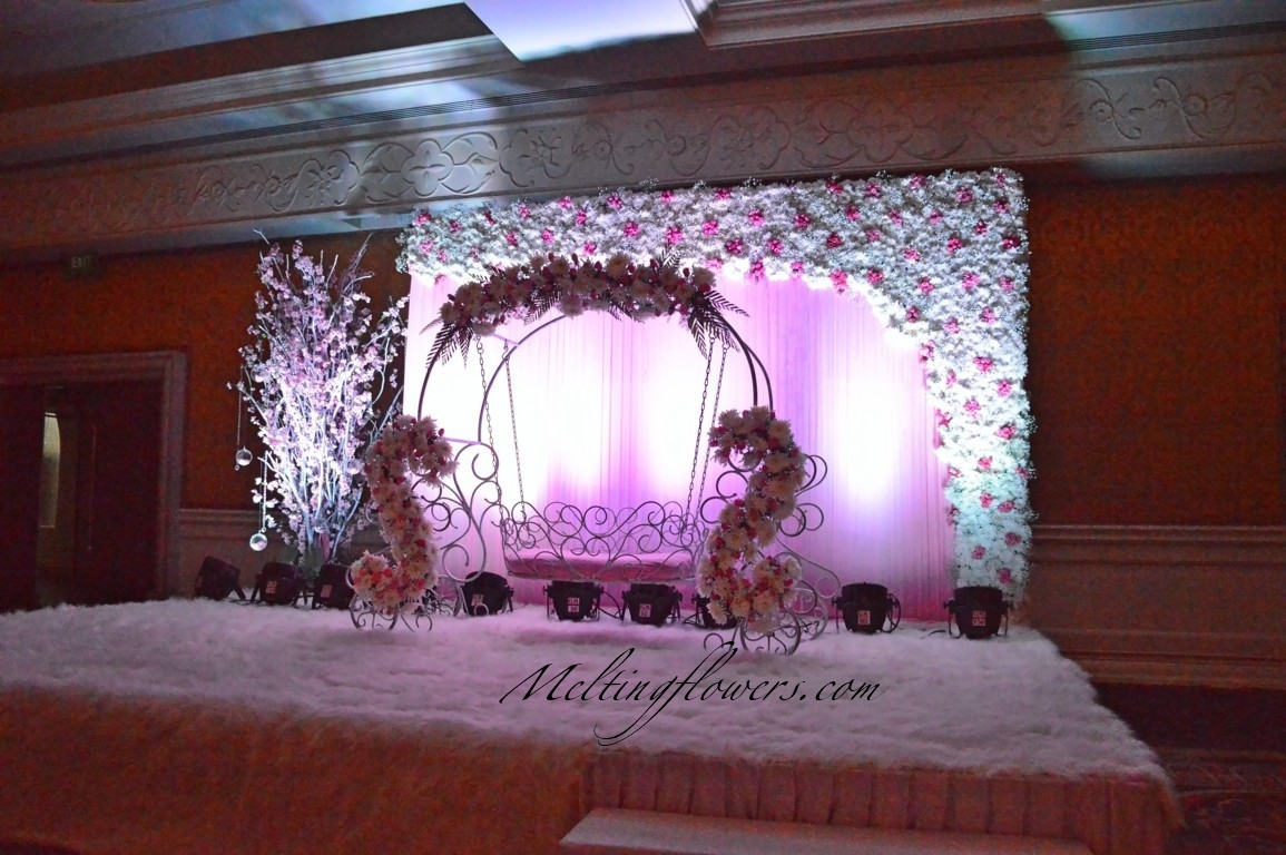 Creative Themes For Mehndi And Sangeet Decorations Wedding