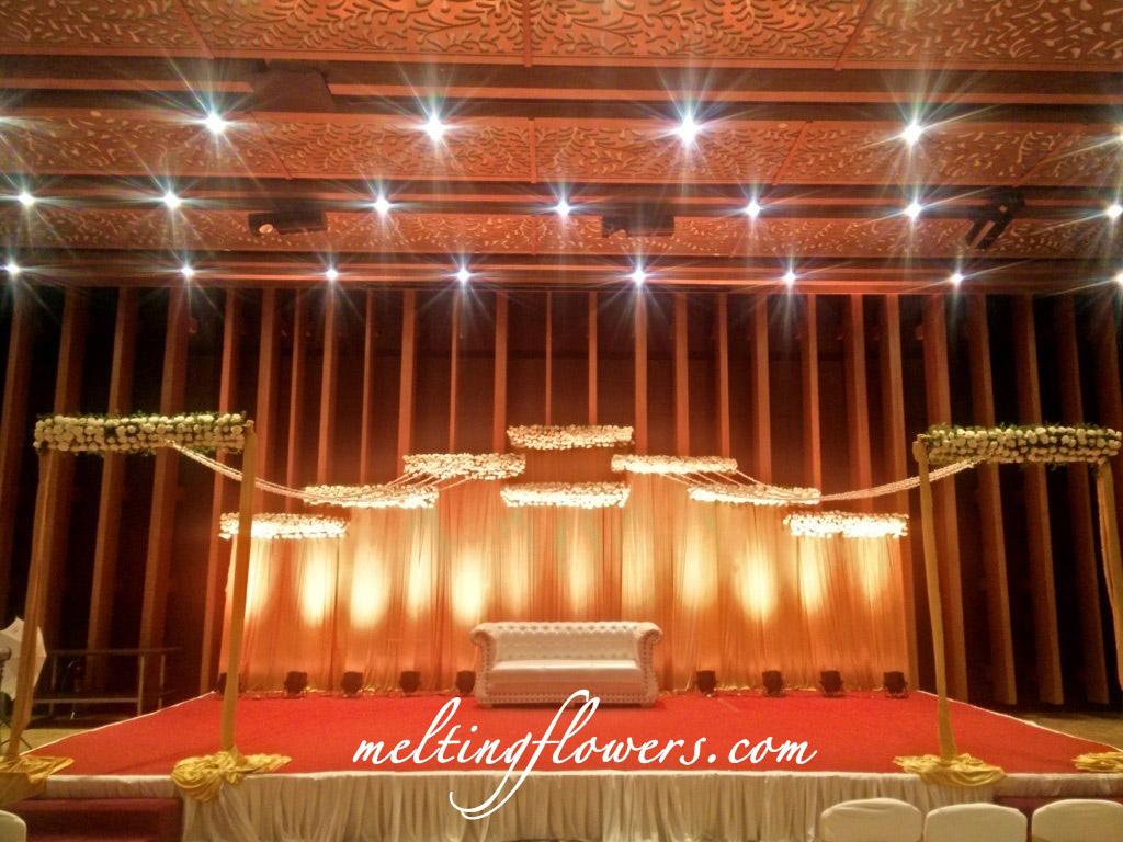 Reception Stage Decoration At Taj Vivanta Yeshwantpur Bangalore
