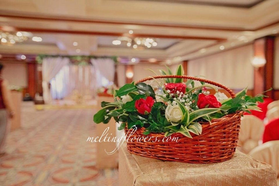 flower basket decoration