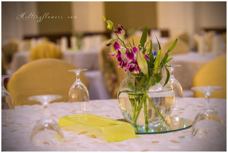 glass bowl flower arrangement