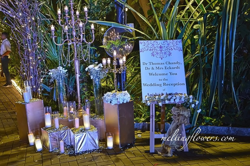 reception entrance decor