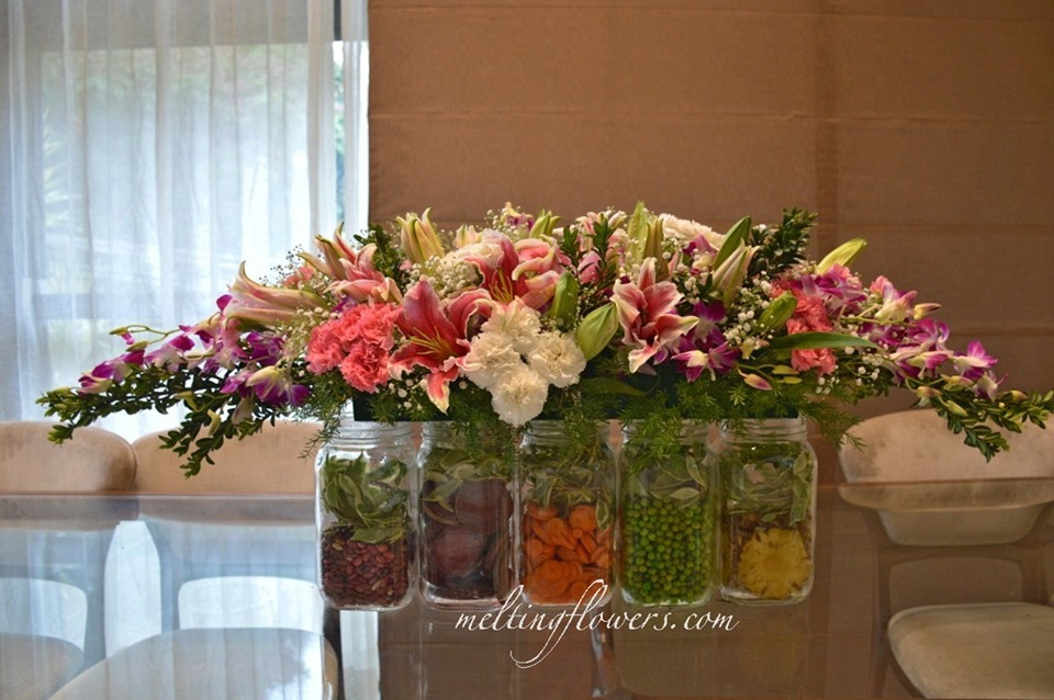 floral jars decoration