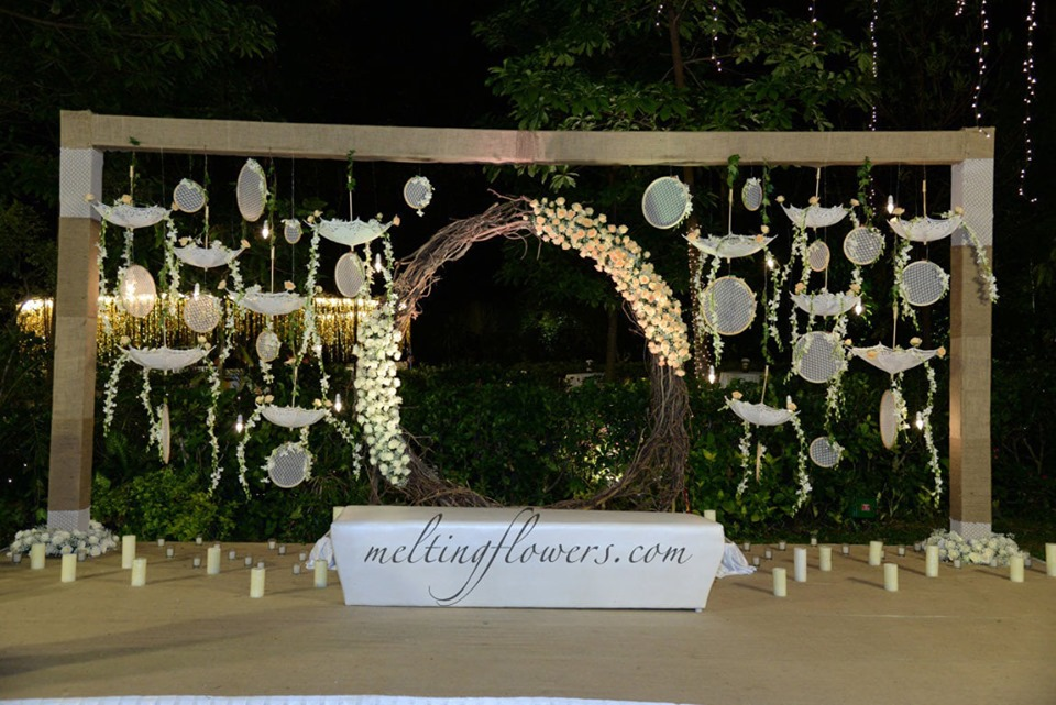 floral arch photo booth decor