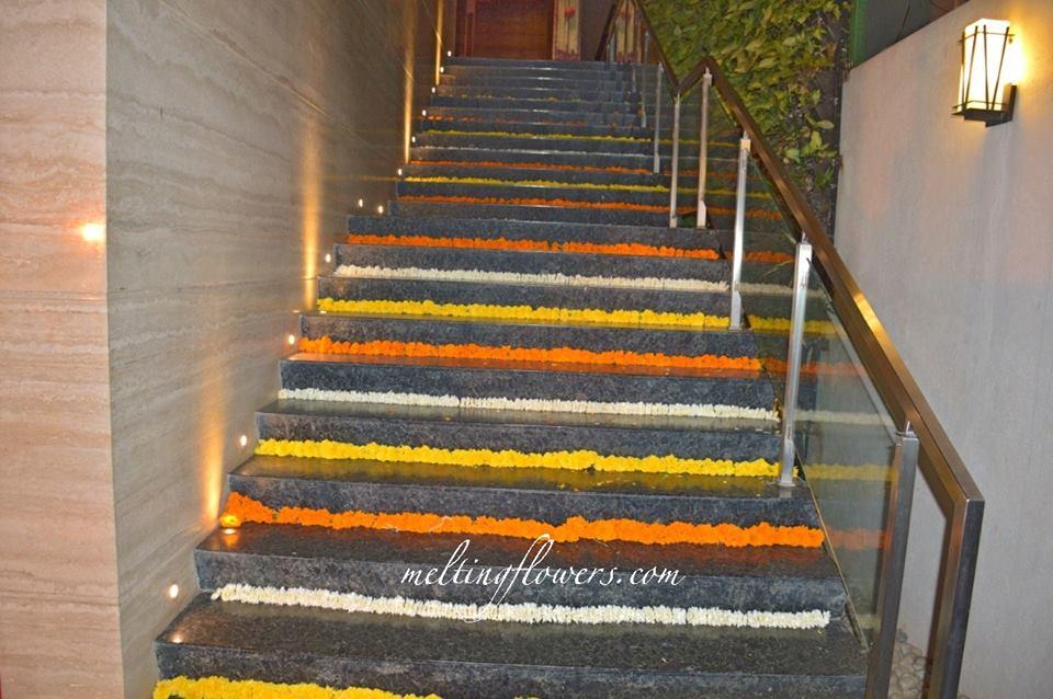 staircase floral decor