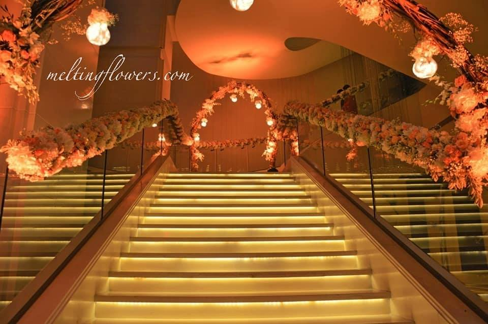 staircase event decoration