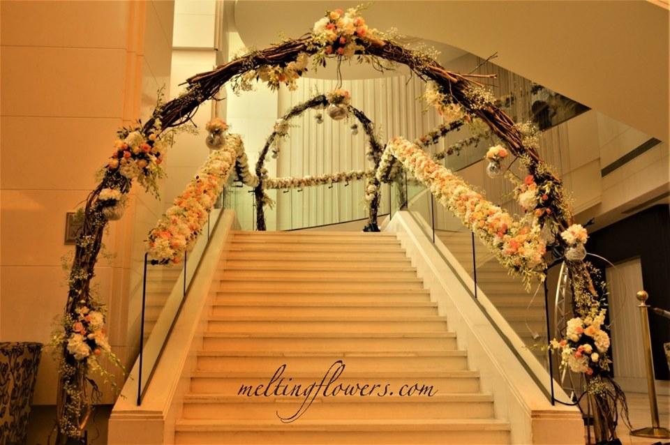 flower arch decor