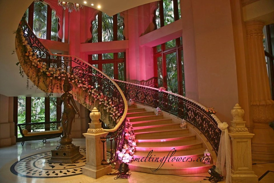 flower wreaths staircase decor