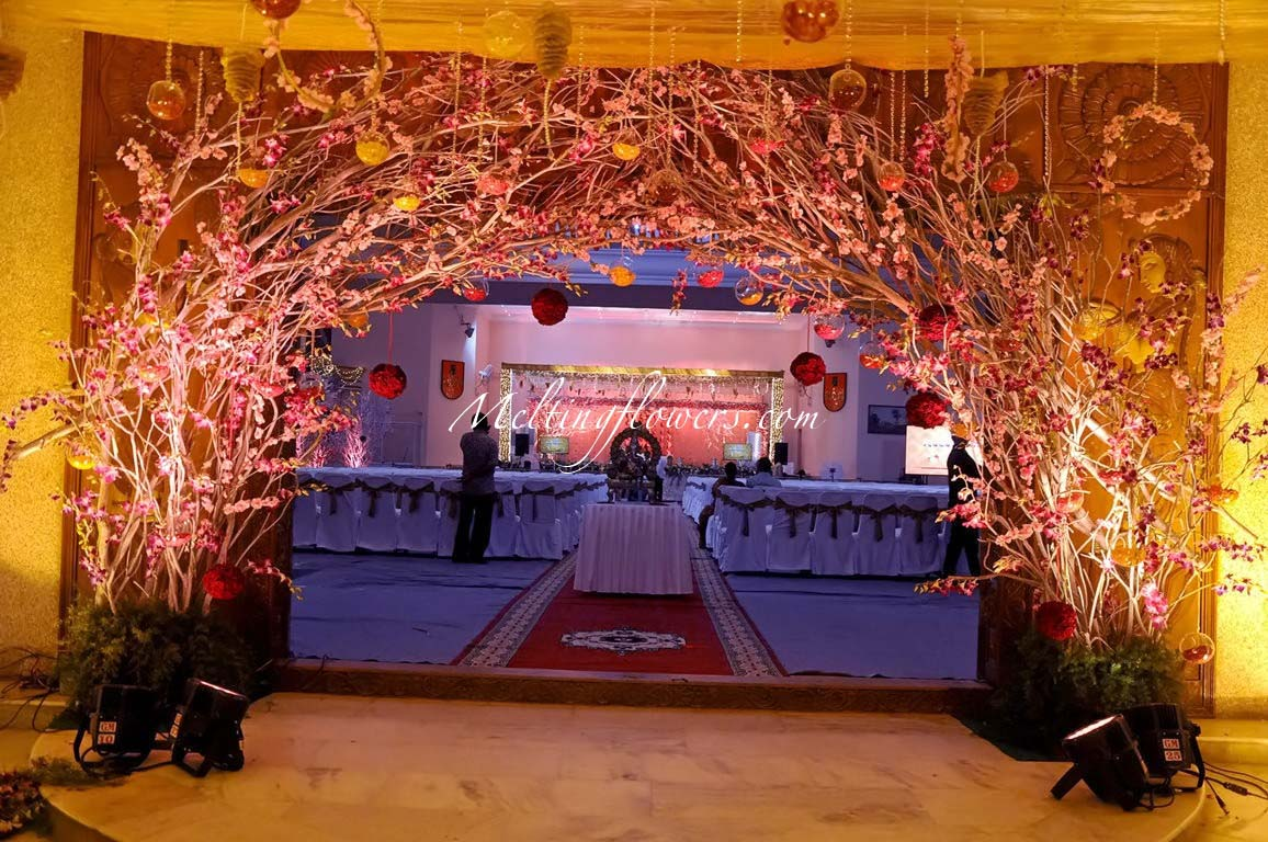 Wedding Decoration Pictures Flower Decoration For Wedding Entrance Gate Decoration Melting