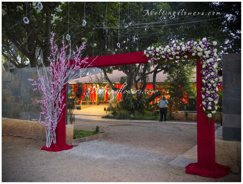wedding decoration pictures flower decoration for wedding entrance gate decoration melting. Black Bedroom Furniture Sets. Home Design Ideas