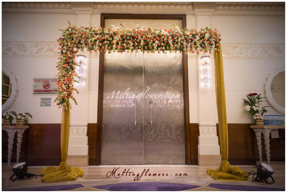 Wedding decoration pictures flower decoration for wedding entrance