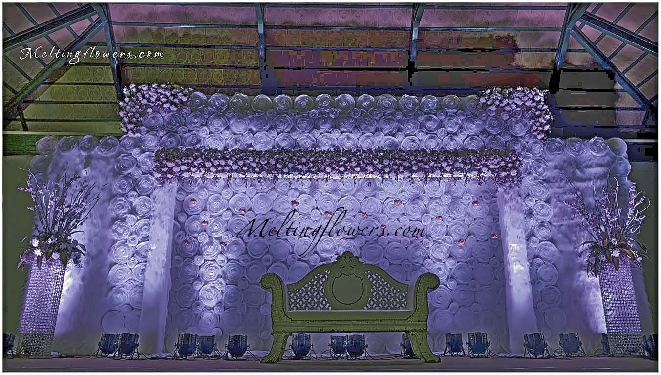 Wedding backdrops backdrop decorations melting flowers for Wedding backdrops