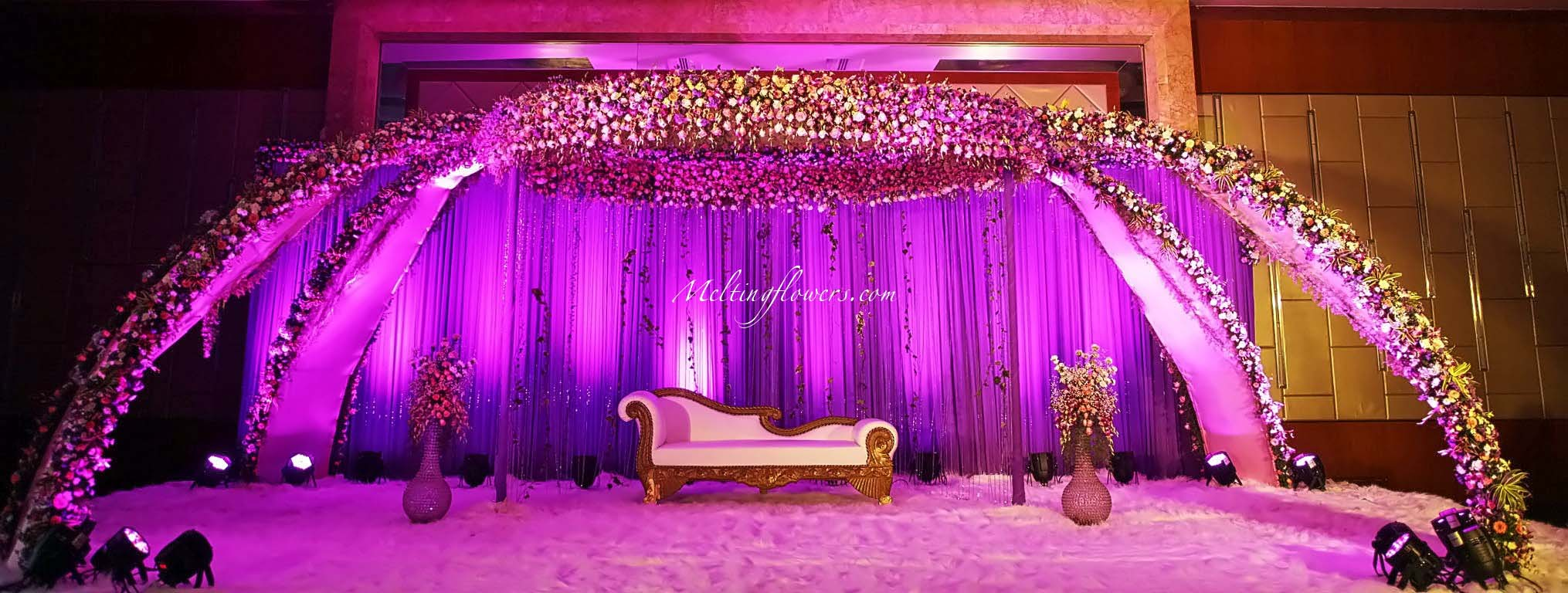 Wedding backdrops backdrop decorations melting flowers for Background stage decoration